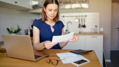 Jak bezpiecznie zamknąć konto w banku? 5 praktycznych wskazówek