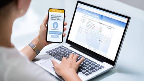 Jak założyć konto w banku? 5 bezpiecznych metod na otwarcie rachunku bankowego